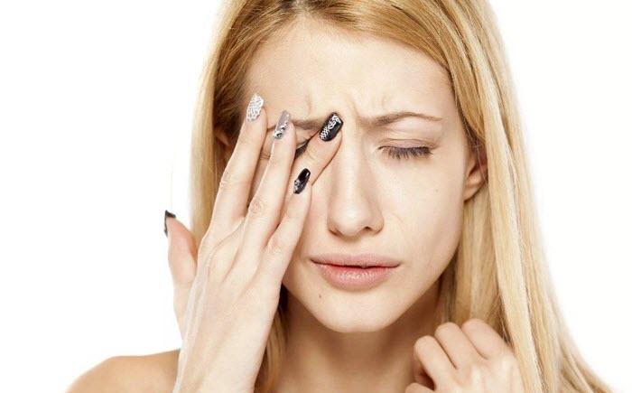 Симптомы нервного тика